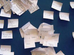 Como encontrar novos argumentos através de brainstorming